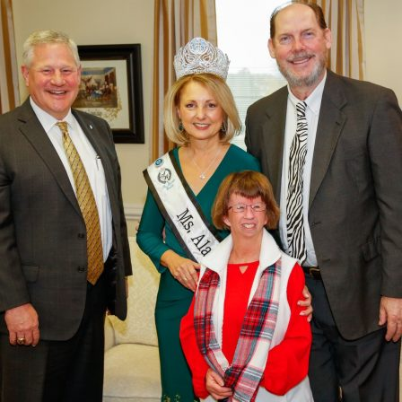 After being crowned, Dixon visited Faulkner. As Ms. Senior Alabama World and Ms Sr. World 60s 1st Alternate, alumna Cindy Dixon is spreading the message of nonprofit, Bucket by Bucket.