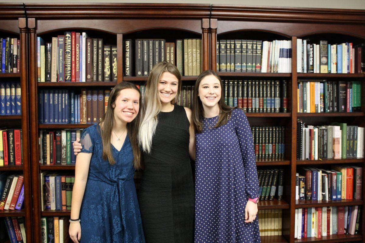 l-r Tracy Clark, Emma Revels and Madelyn Furlong.