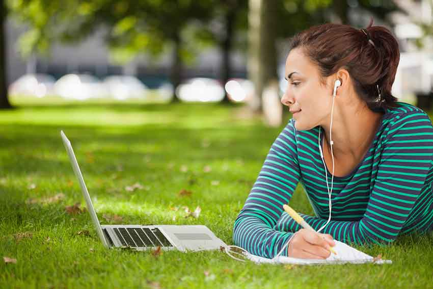 Studying in the park- Montgomery, AL- Faulkner University